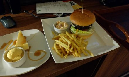 Holiday Inn, Chester South,  Beef Burger